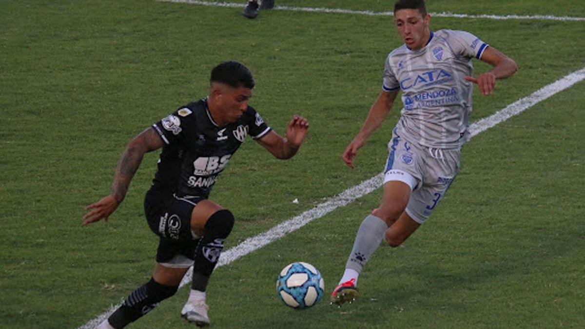 Godoy Cruz se trajo un buen punto de Santiago del Estero