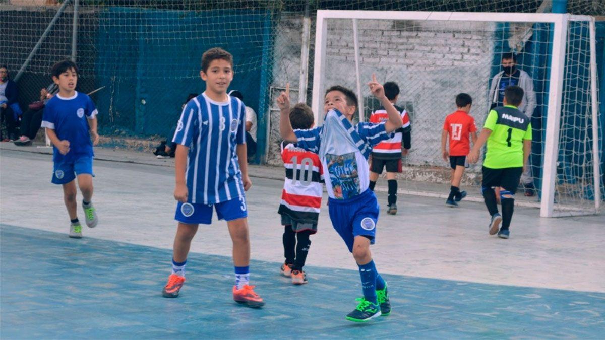 El Morro García fue homenajeado por un nene tombino
