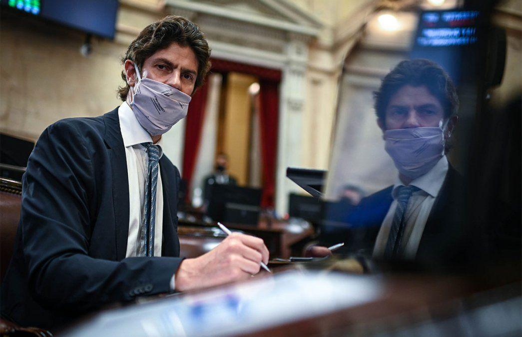 Martín Lousteau (Juntos por el Cambio) consideró que hubo un mal proceso presupuestario. El Senado aprobó el presupuesto 2021. Foto: NA.