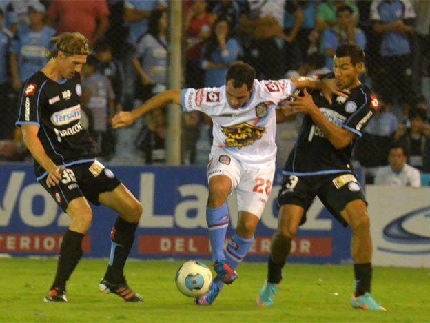 Belgrano y Arsenal empataron en un duelo con pocas emociones