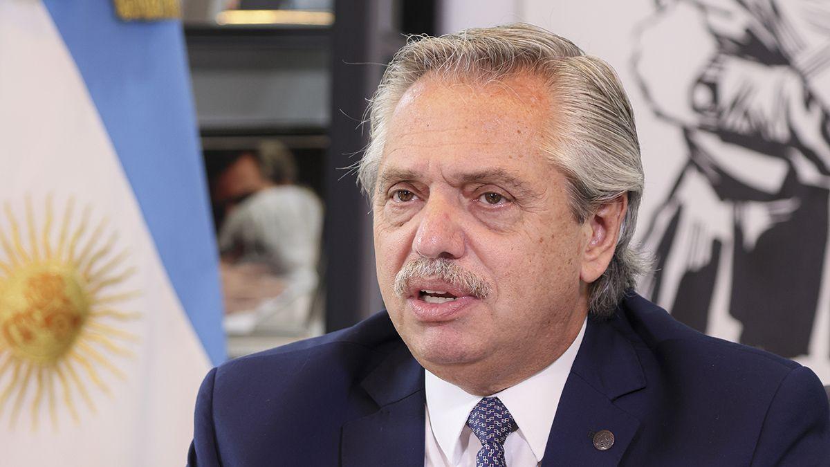 El presidente Alberto Fernández durante la videoconferencia desde la Residencia de Olivos.