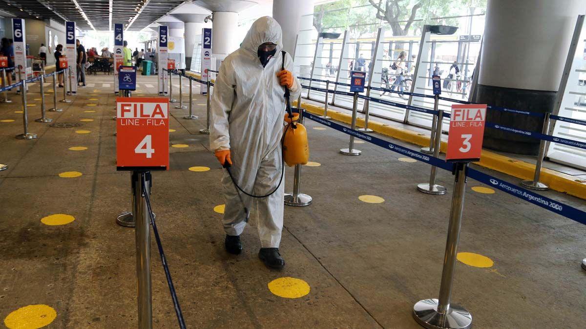 Ya suman 2.210.121 los contagiados de coronavirus en Argentina.