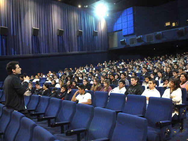 Cine para estudiantes