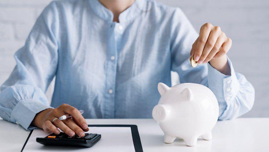 A partir del lunes suben 10 puntos las tasas de los plazos fijos: especialistas analizan si conviene poner la plata en el banco