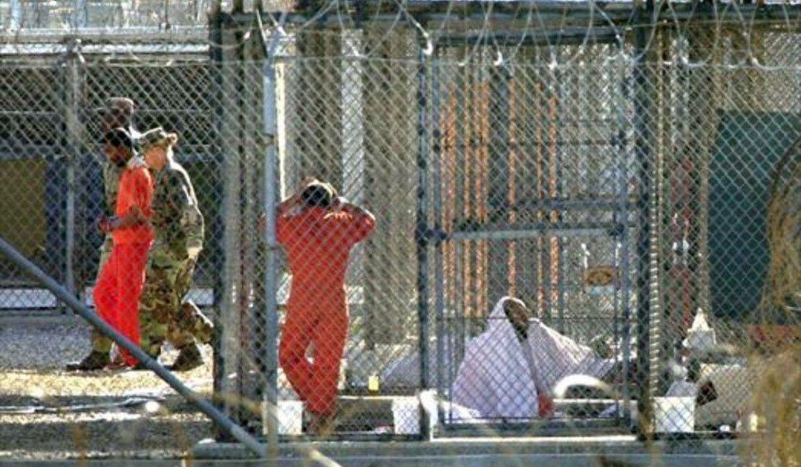 El Gobierno de Joe Biden autorizó la liberación de tres detenidos de la cárcel de Guantánamo
