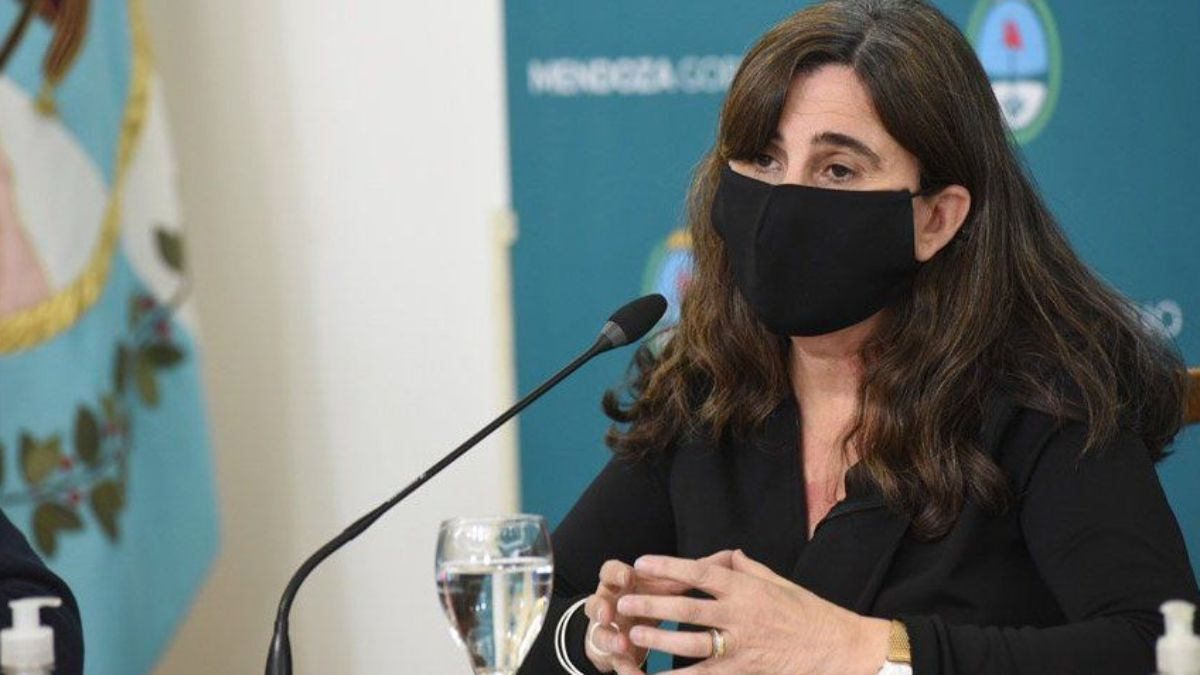 El Gobierno de Mendoza investiga una lista de nombres entre los vacunados