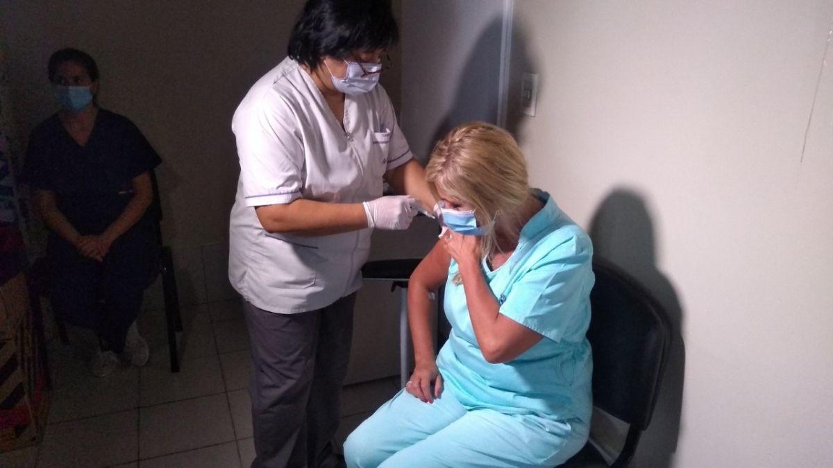 EL personal de Terapia Intensiva y Guardia de los hospitales El Carmen y Fleming