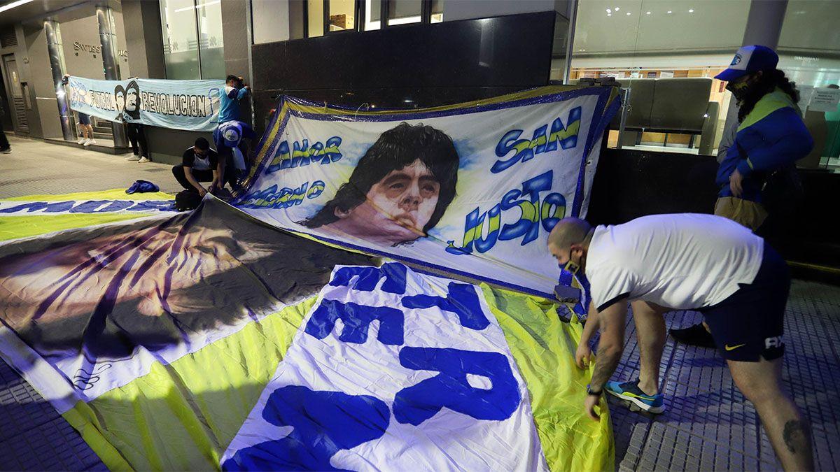 Maradona ya fue operado y se recupera