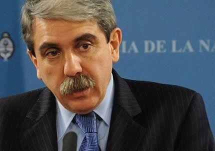 Aníbal Fernández dijo que hay alguien que le baja el pulgar