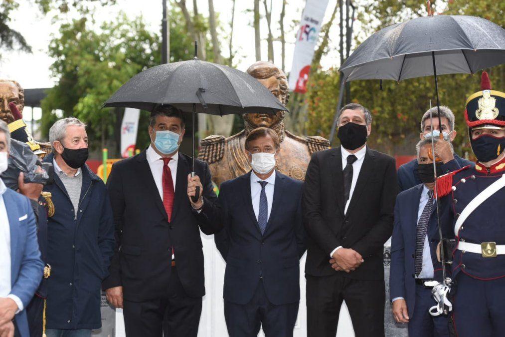 En fotos: Las Heras celebró su aniversario 150 con plaza flamante y cumbre política