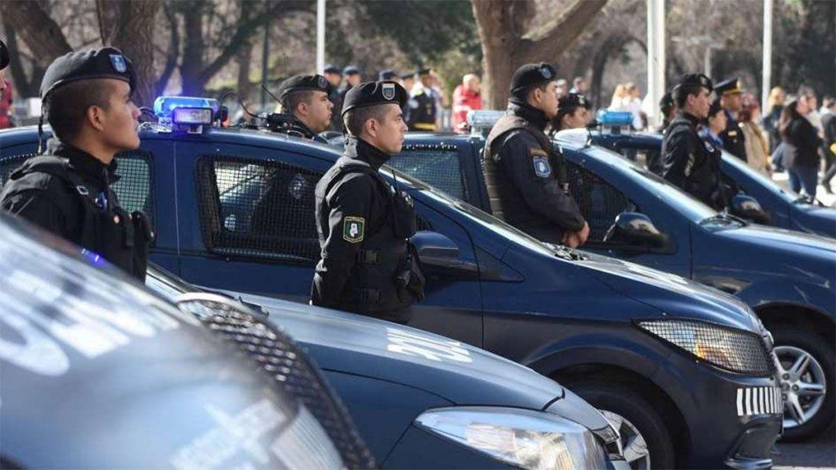 No hay malestar en la Policía de Mendoza, afirmó Suarez sobre los salarios