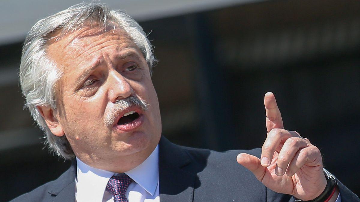 Alberto Fernández destacó este jueves la llegada al país de las primeras 300 mil dosis de la vacuna rusa Sputnik V.