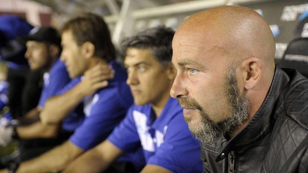 Sebastián Méndez, el gran candidato para dirigir al Tomba
