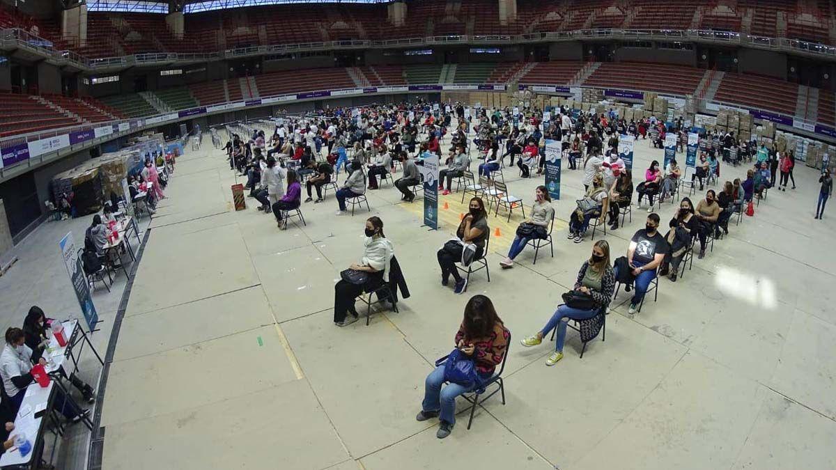Más de 5.000 docentes rechazaron vacunarse contra el Covid
