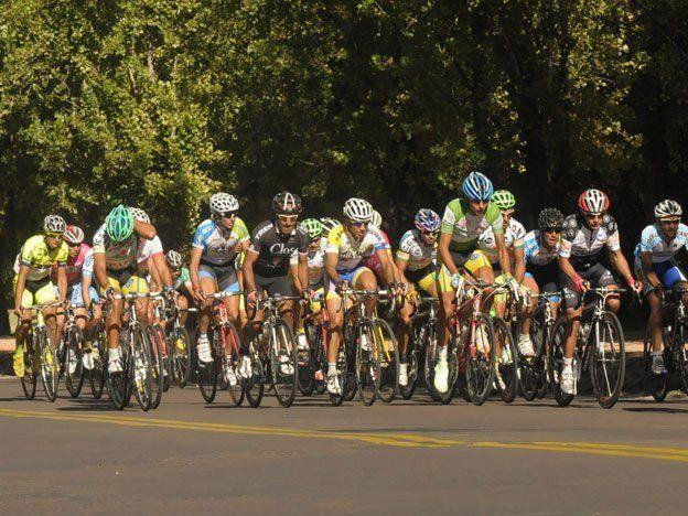 Se corren dos etapas de la Vuelta de San Rafael