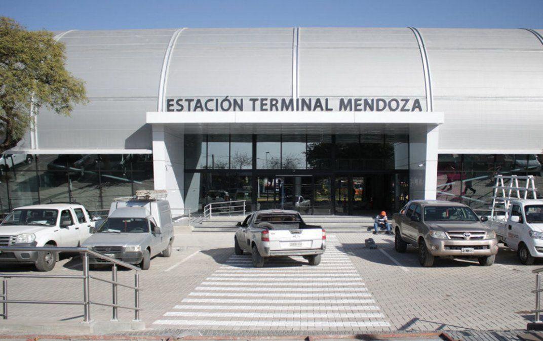 La Terminal, tierras en Potrerillos y el edificio de Turismo, en debate