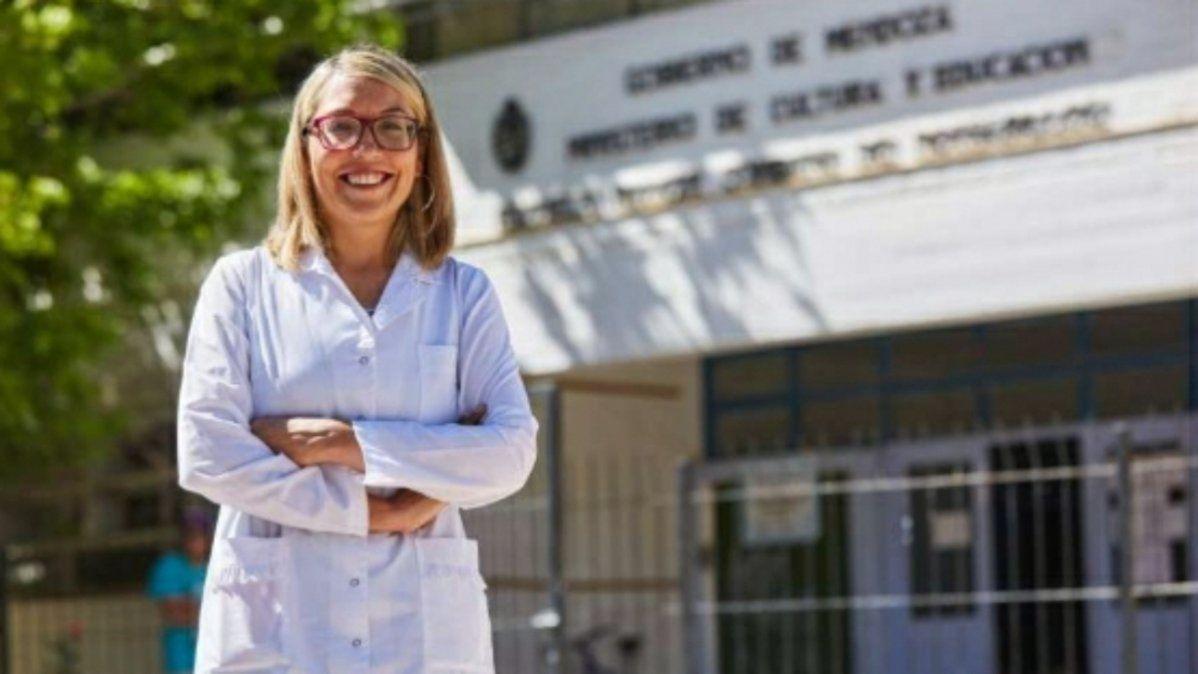 La señorita Graciela Morales es la creadora del proyecto Leer no une