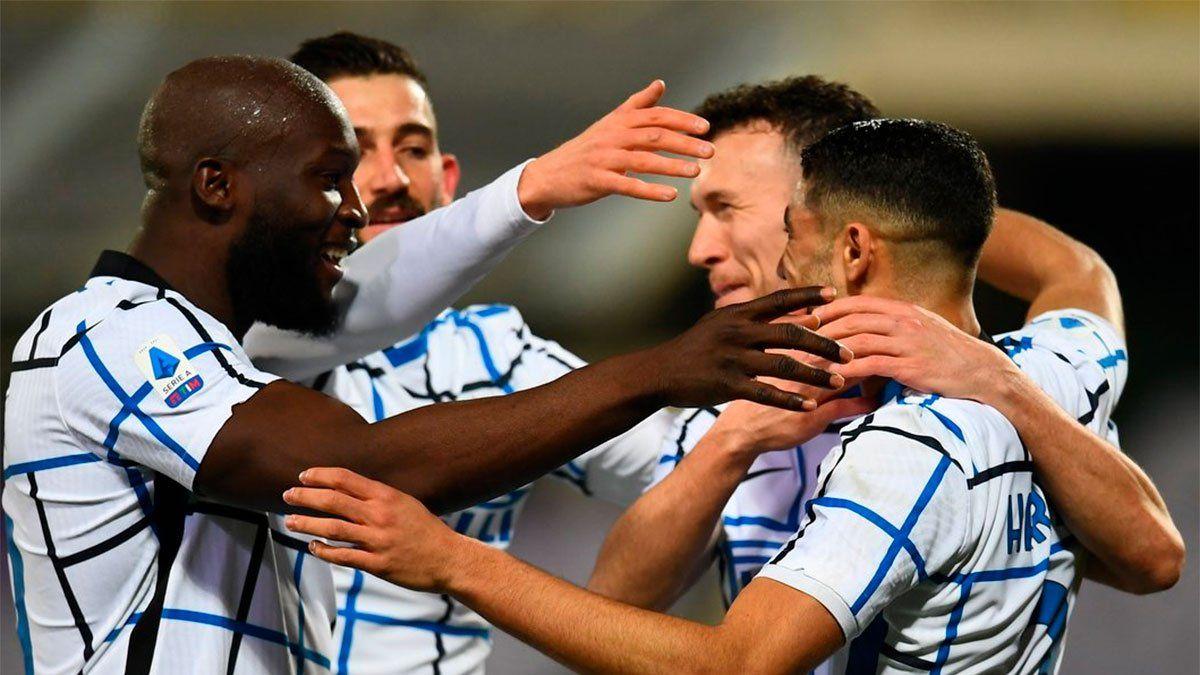 Inter ganó y se subió momentáneamente a la cima