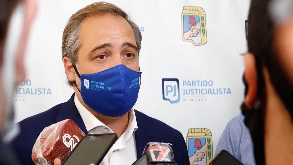 Matías Stevanato aseguró que las reuniones sociales son la principal fuente de contagios