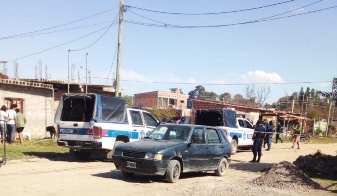 La joven mujer fue apuñalada por su expareja en la humilde vivienda de un barrio de Salta