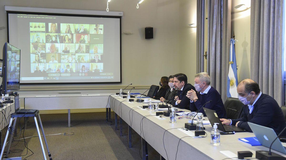 Nicolás Trotta encabezó la asamblea del Consejo Federal de Educación.