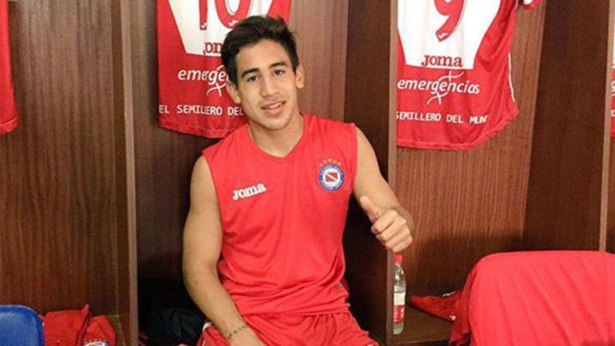 Un hermano de Riquelme jugará en la Primera Nacional
