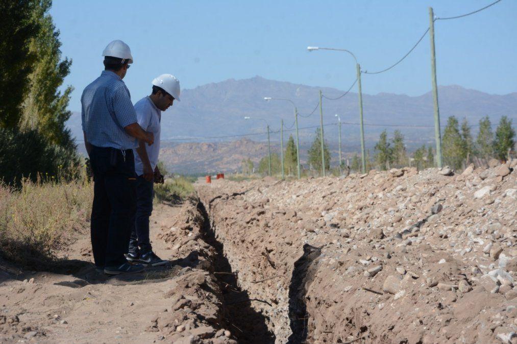 El presupuesto 2021 que se aprobó en Senadores incluye la toma de deuda de 100 millones de dólares para obras hídricas para Aysam.