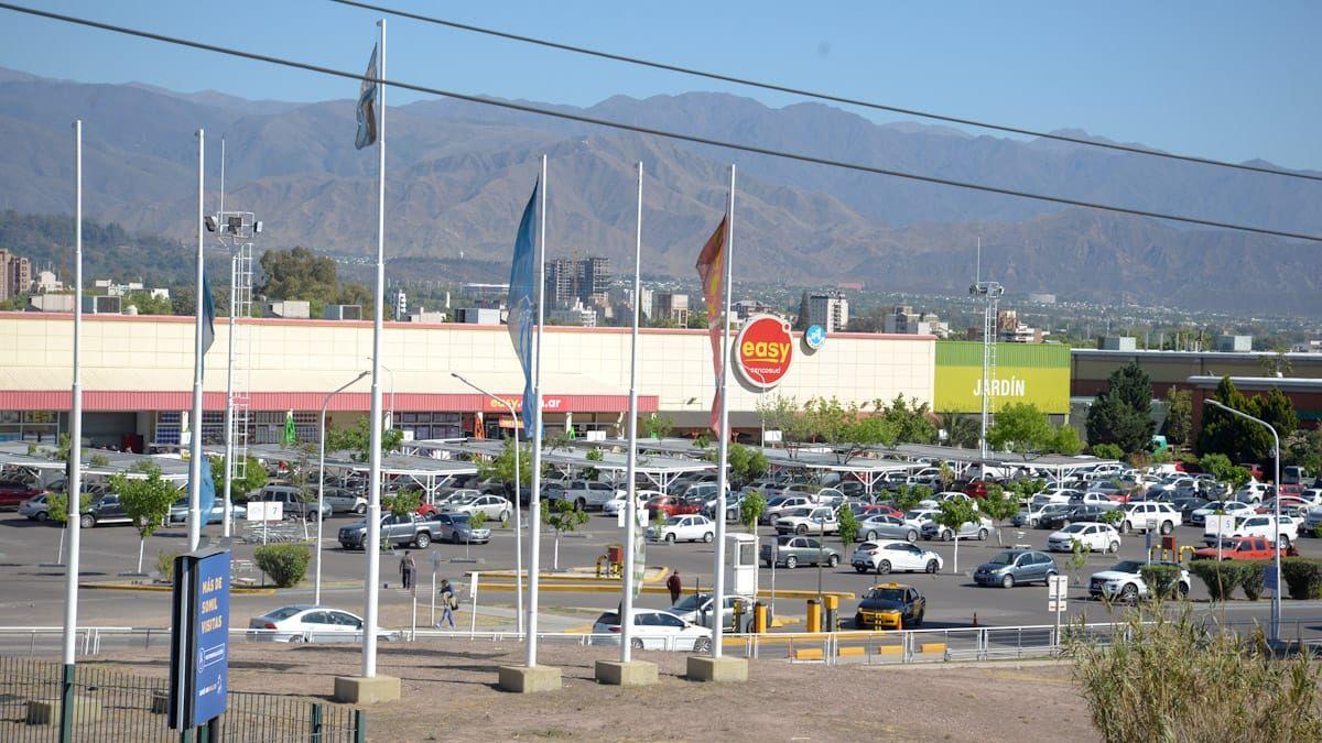 Reuniones familiares, comercios, clubes y turismo: ¿qué hacemos en Mendoza?