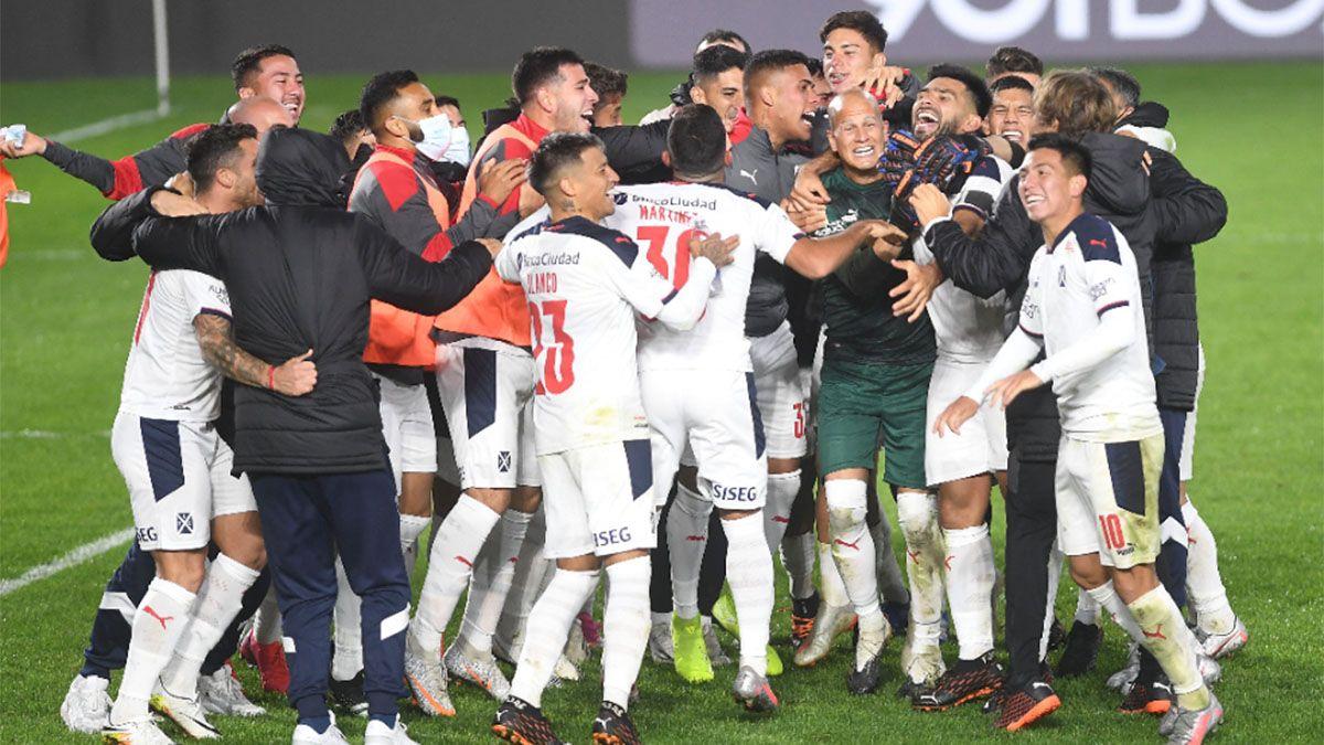 Independiente, a semifinales por penales