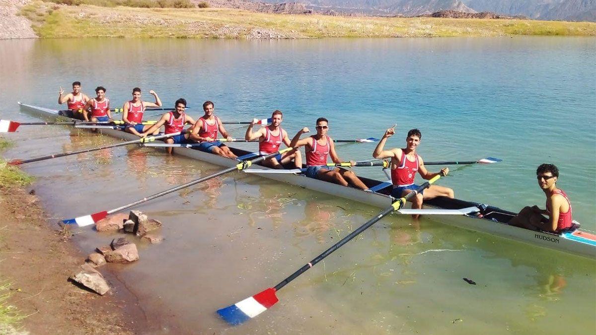 Se llevo a cabo la Regata Vendimia en el Lago Potrerillos