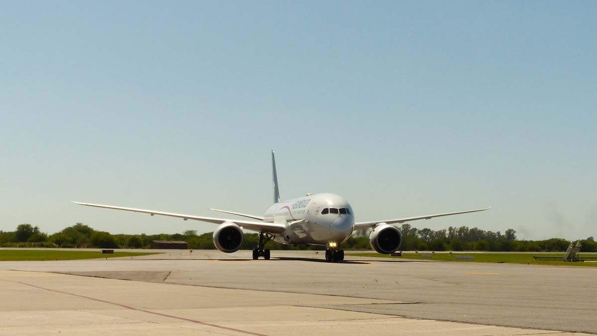 Restringen vuelos a Brasil, Estados Unidos, Europa y México