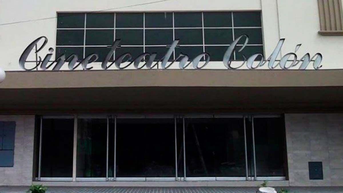 El Cine Teatro Colón de Palmira fue reabierto a principios de 2019 tras ser comprado y reacondicionado por el municipio de San Martín.