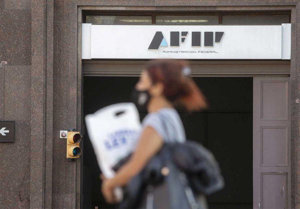 AFIP oficializó la suspensión