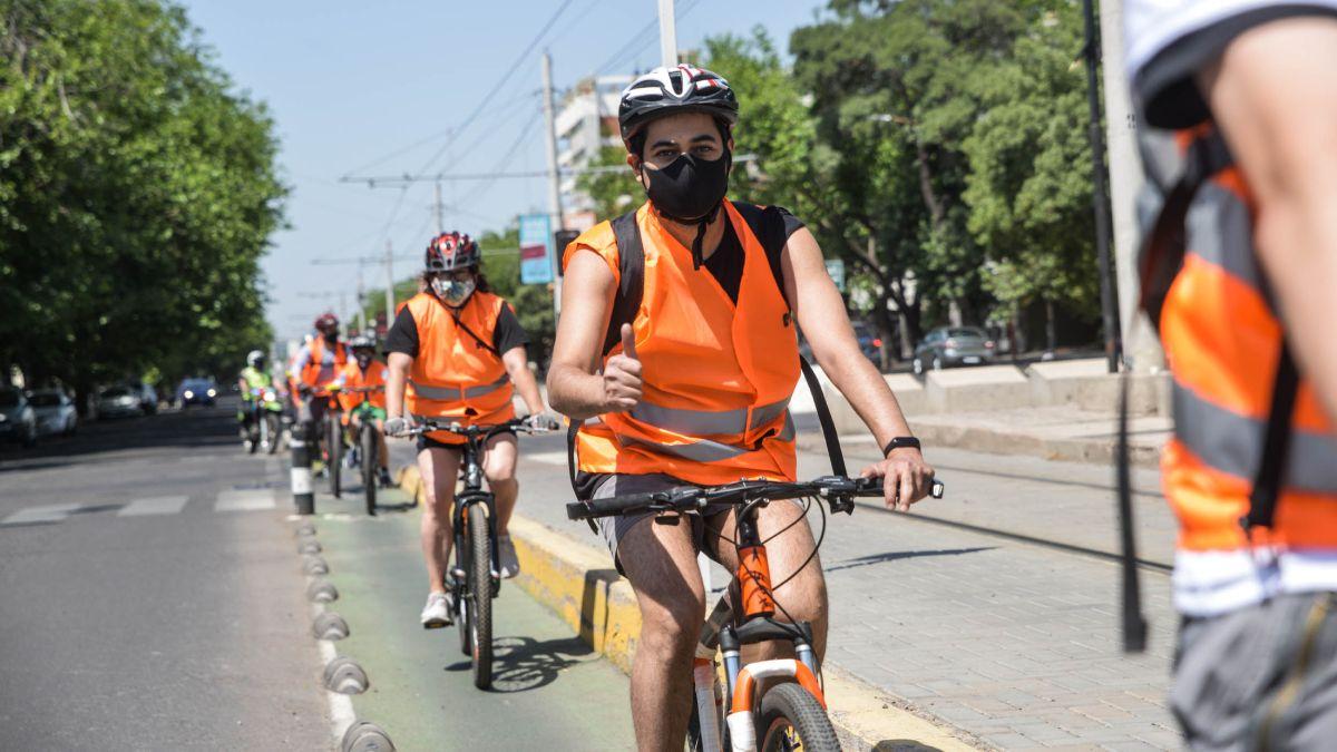 Ciclovías. Los bici-paseantes podrán recorrer en unos meses calles y rutas del Este provincial.