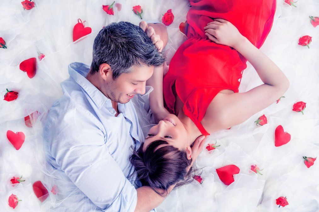 Si querés impactar en San Valentín no podés obviar el clásico de cada 14 de febrero: lookearse de rojo. 5 infalibles de la moda para el Día de los Enamorados