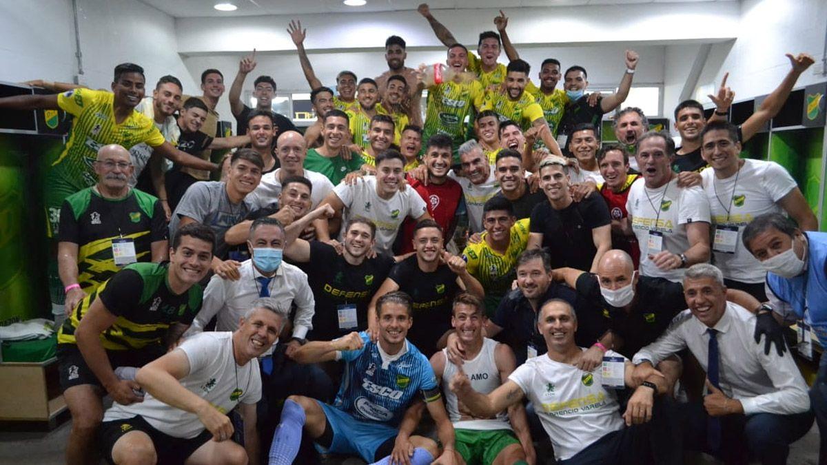Crespo metió a Defensa en semifinales de la Sudamericana