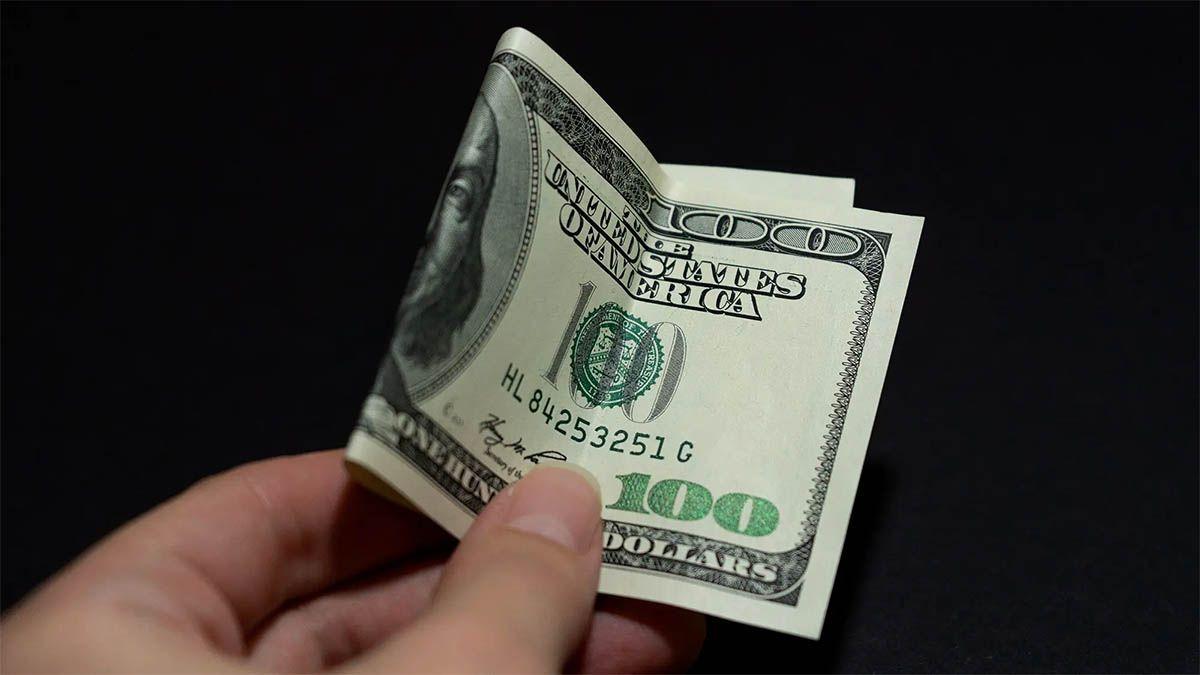 Tras las nuevas medidas del Banco Central, el dólar ahorro y blue subieron
