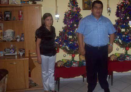 Saludos de Jorge y Mary Aguero