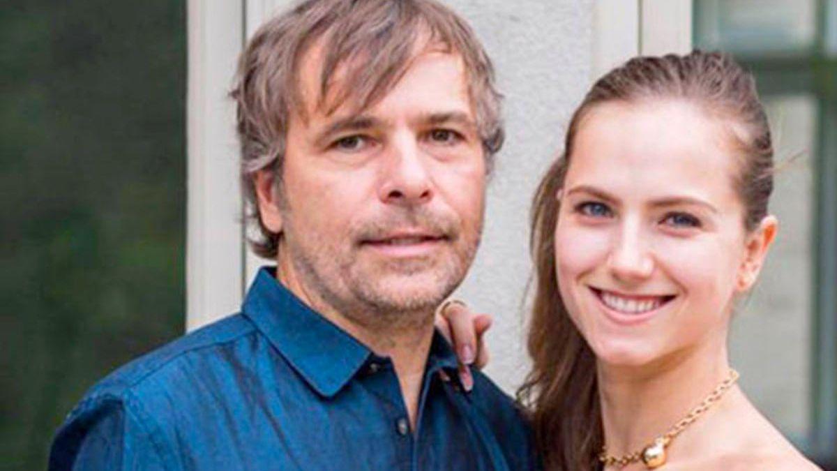 El millonario canadiense Rodney Baker y su esposa y actriz Ekaterina Baker se hicieron famosos por hacerse pasar por pobres para que los vacunaran en una reserva indígena.