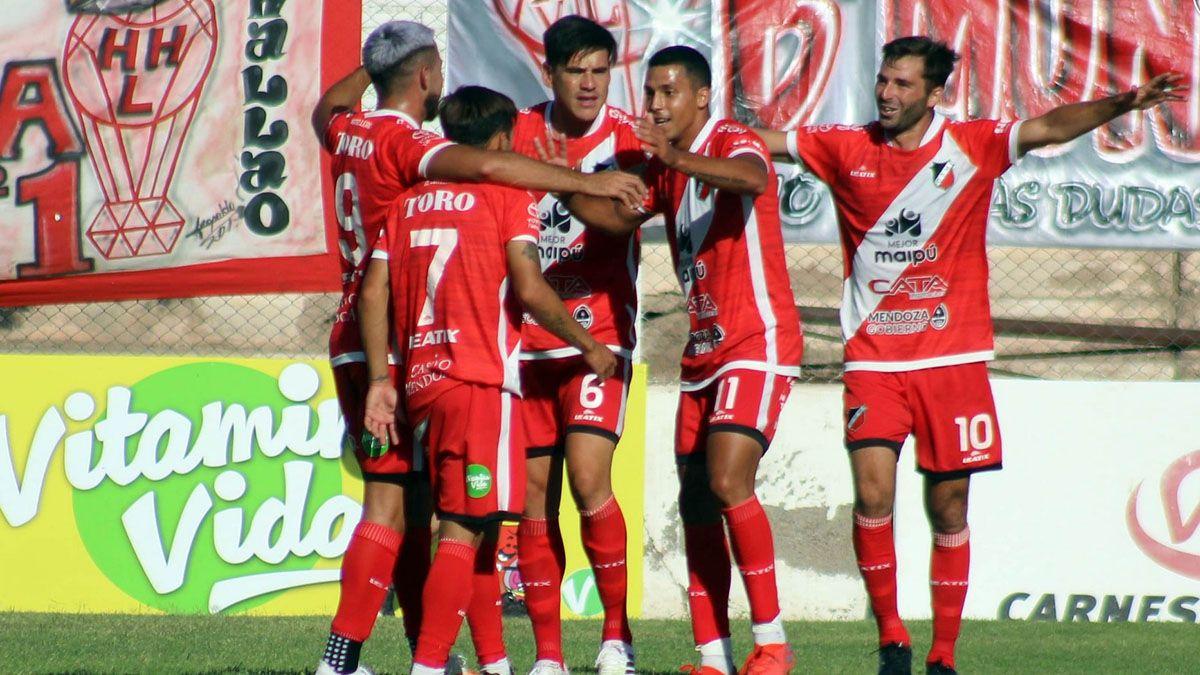 Deportivo Maipú quiere volver al triunfo en Bahía Blanca ante el líder Villa Mitre.