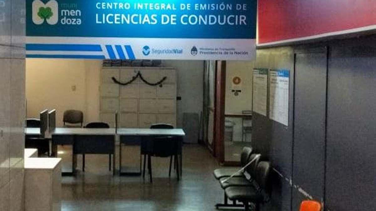 Por sospecha de coronavirus cerró una oficina de licencias de conducir