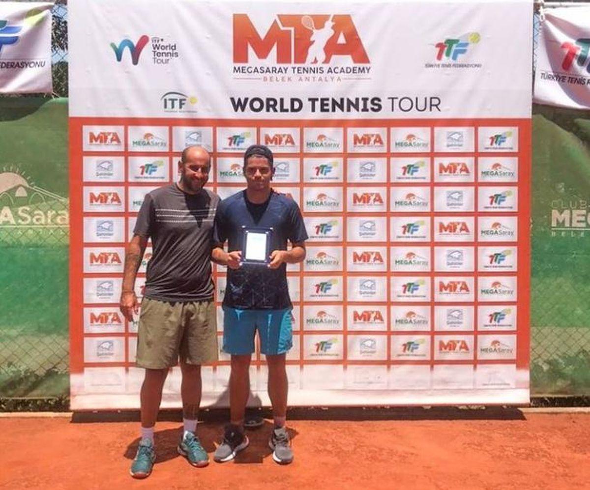 Facundo Juárez Vila obtuvo su primer título el circuito ITF.