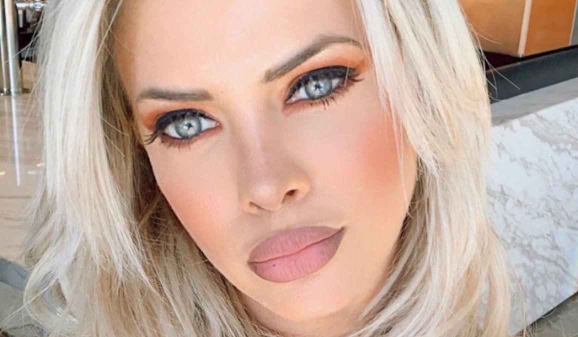 Alejandra Maglietti se puso la colorada, posó de espaldas y explotó todo: Pamela Anderson un 0