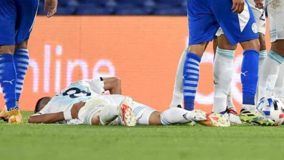 Exequiel Palacios sufrió la fractura de apófisis transversas.