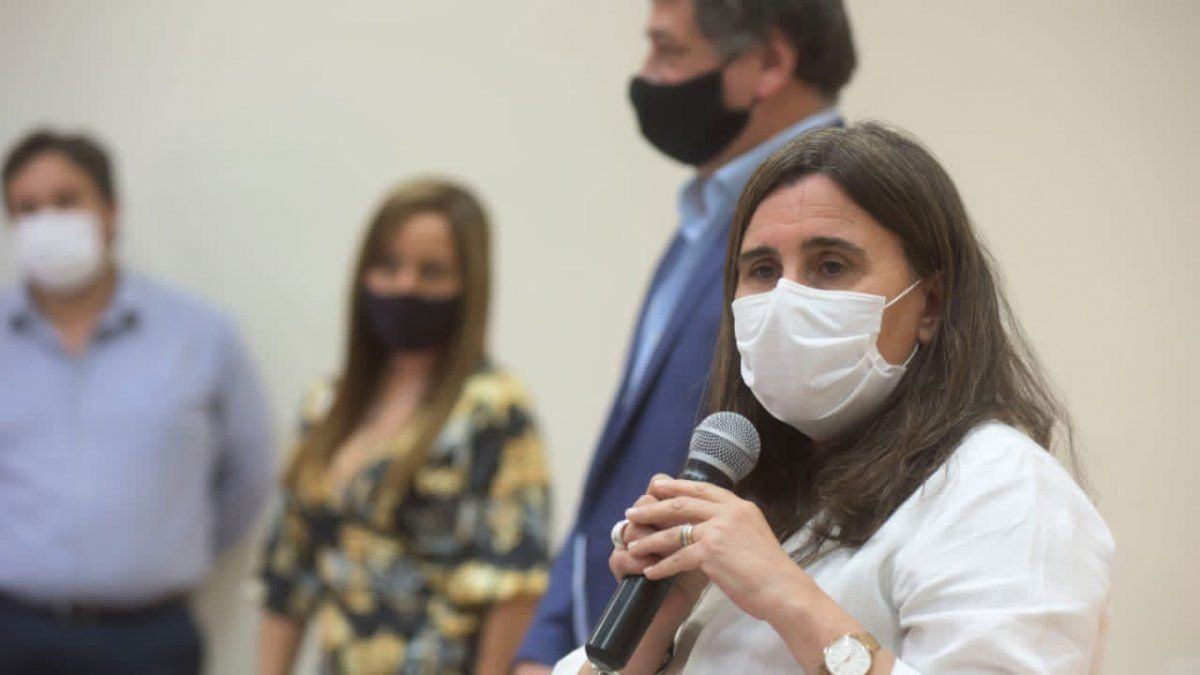 Ana María Nadal. La ministra de Salud brindó un panorama sobre la campaña de vacunación en Mendoza.