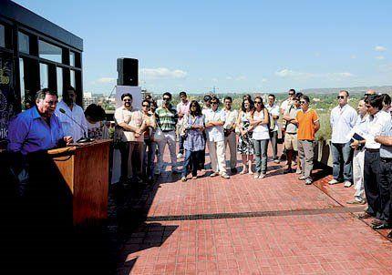Capital lanzó la degustación de vinos de calle Belgrano