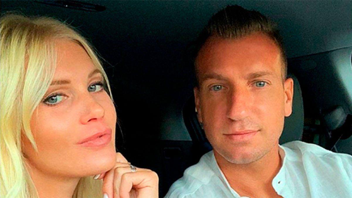 Maxi López y su novia sueca se mudaron a una mansión