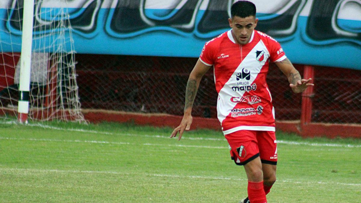 El atacante jugó en la primera fecha de titular ante Estudiantes de Río Cuarto.