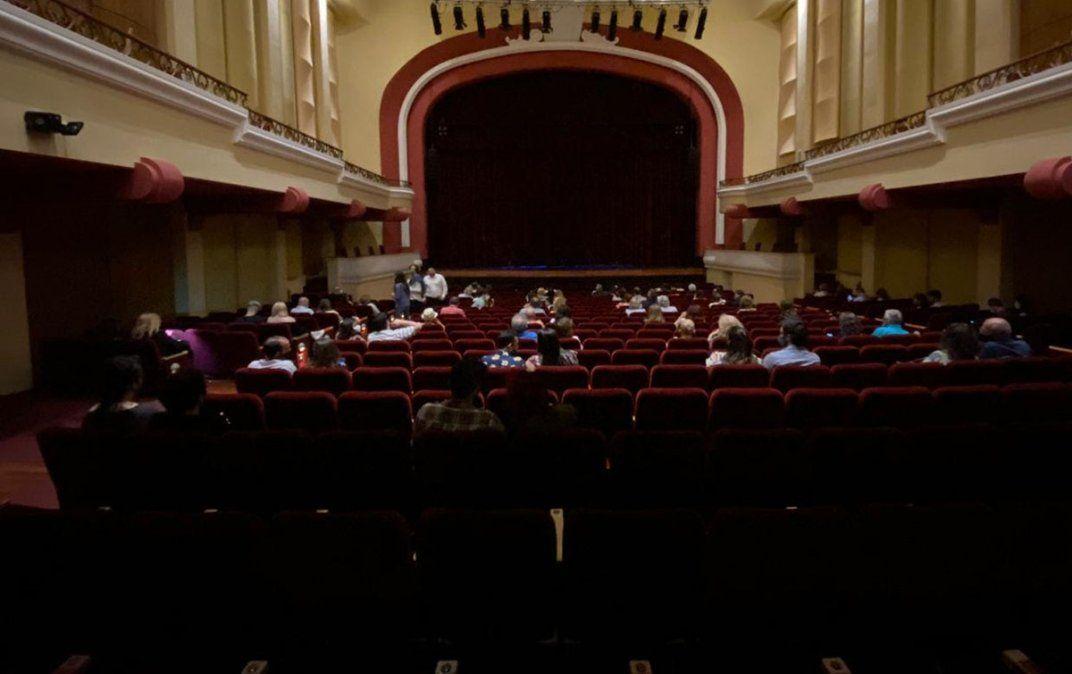 Cómo fue el regreso a los teatros tras 8 meses de espera
