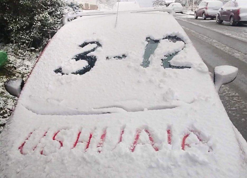 La nieve en Ushuaia puede llamar la atención de algún desprevenido pero no es un fenómeno inusual